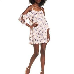 TRIXXI Classic Cold Shoulder Shift Dress ✨